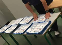 Scrutinio elezioni a Saronno