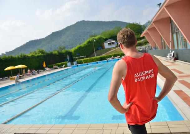 Origgio piscina design per la casa moderna - Piscina induno olona ...