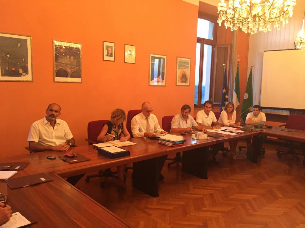 Consiglio comunale a Comerio