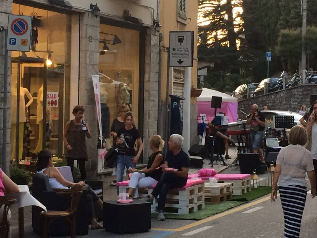Piace il Rosa Shopping
