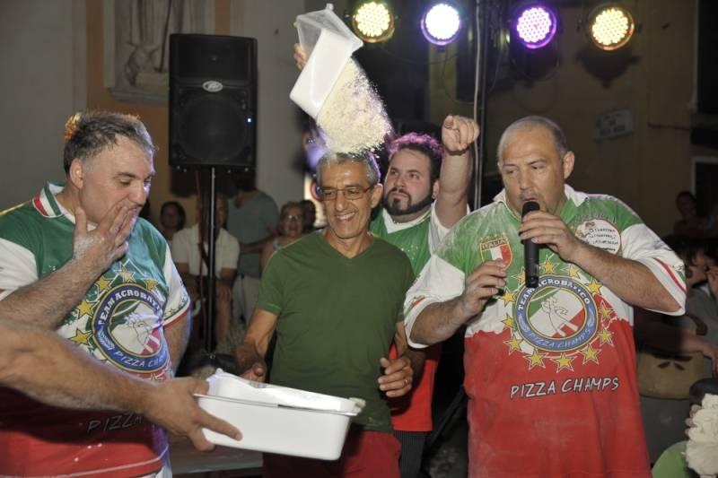 Piza in piazza Orino 14 luglio 2015