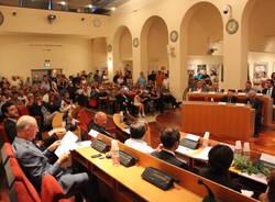 Primo consiglio comunale Saronno, la serata