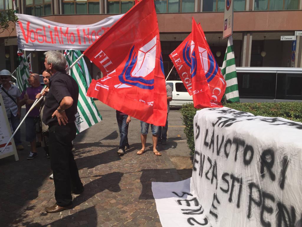 Protesta dei lavoratori Caimi