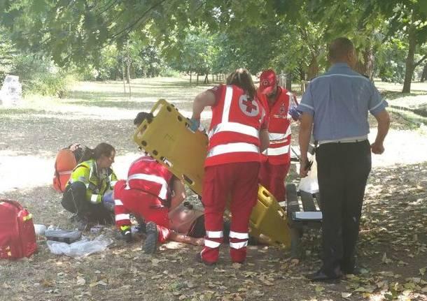 salvataggio massaggio cardiaco legnano 118 ambulanza