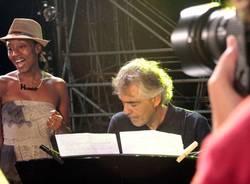 Bocelli canta l'Ave Maria al matrimonio di un varesino