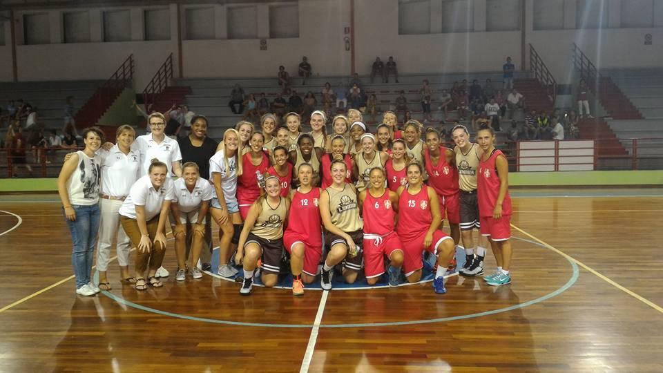 College basket tour le ragazze