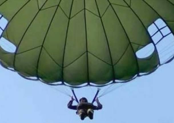 corso di paracadutismo militare
