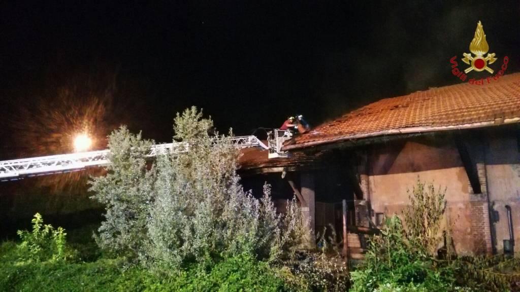 incendio ex hupac busto arsizio 29 agosto 2015
