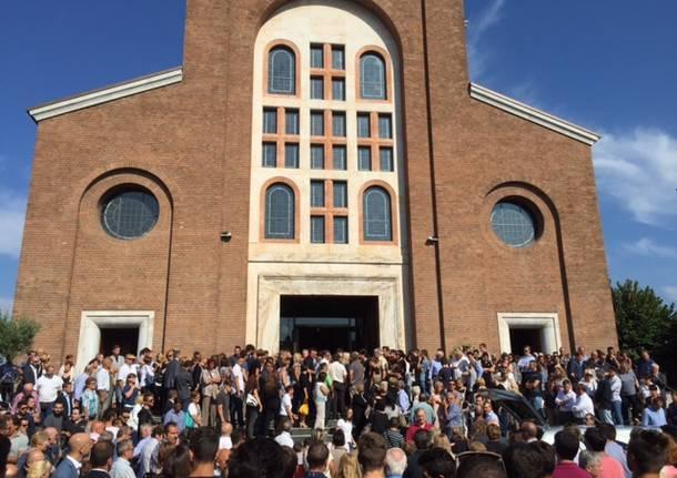 parrocchia santi apostoli busto arsizio funerale