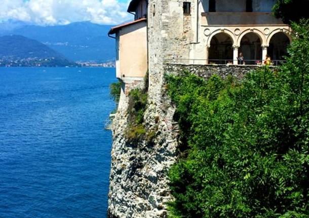 Santa Caterina del Sasso in un bellissimo 2 agosto