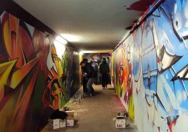 sottopasso stazione writer graffiti