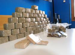 32 chilogrammi di droga sequestrati dalla Guardia di Finanza