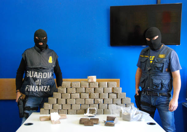 32 chili di droga sequestrati dalla Guardia di Finanza