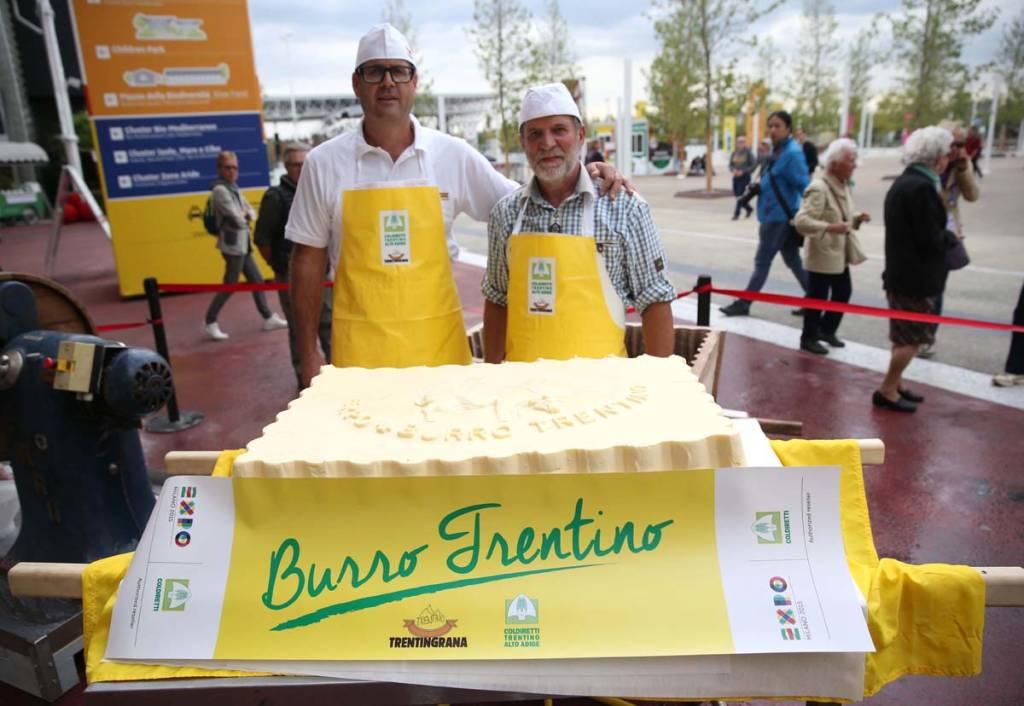 Burro gigante a Expo