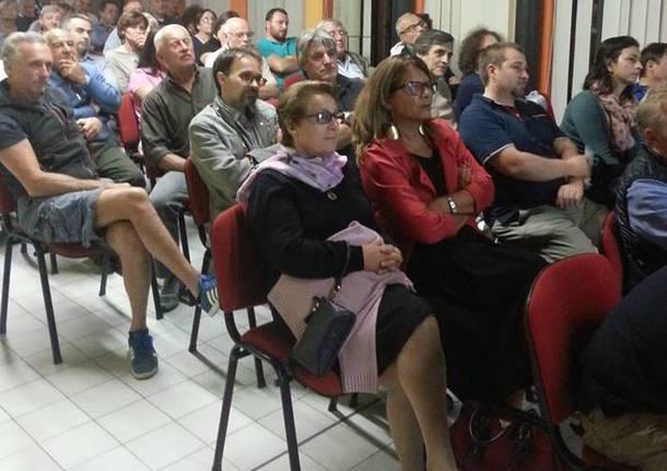 Conferenza Mercallo su Acqua pubblica e rifiuti