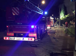 Incendio in un garage a Cugliate Fabiasco
