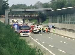 Incidente sul raccordo tra l'A8 e l'A26