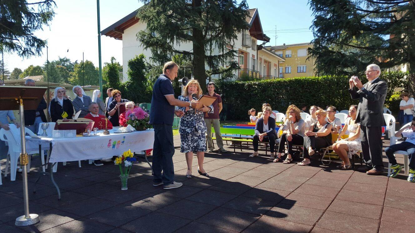 La festa per i 110 anni dell'asilo di Abbiate