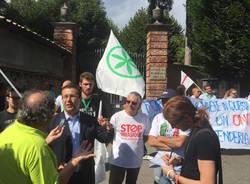 La protesta della Lega contro i profughi a Tradate