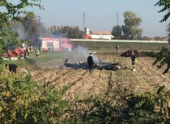 Convertiplano cade nel Vercellese, due morti
