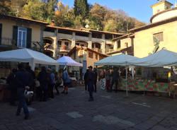 Castello Cabiaglio mercatino