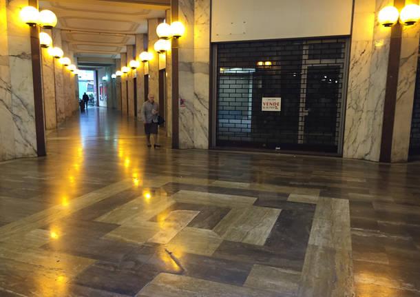 Galleria Manzoni, tra abbandoni e novità