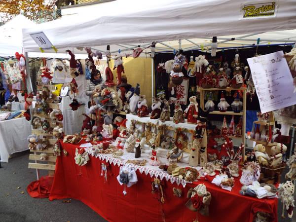 Il primo mercatino di Natale di Ghirla
