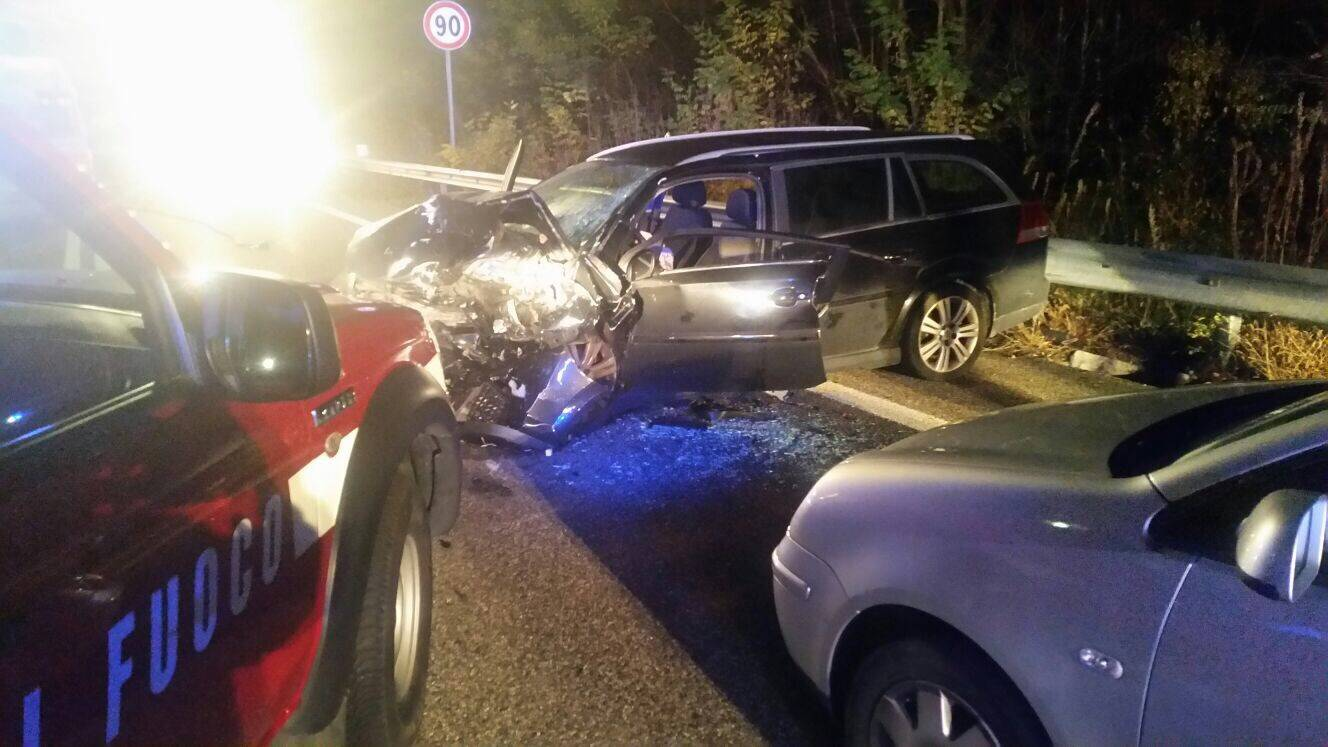 Incidente autovetture Vanzaghello