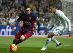 Messi, Ronaldo e Neymar: corsa a tre per il Pallone d'Oro