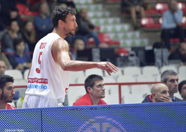 Openjobmetis Varese - Falco Szombathely 94-71 fiba europe cup