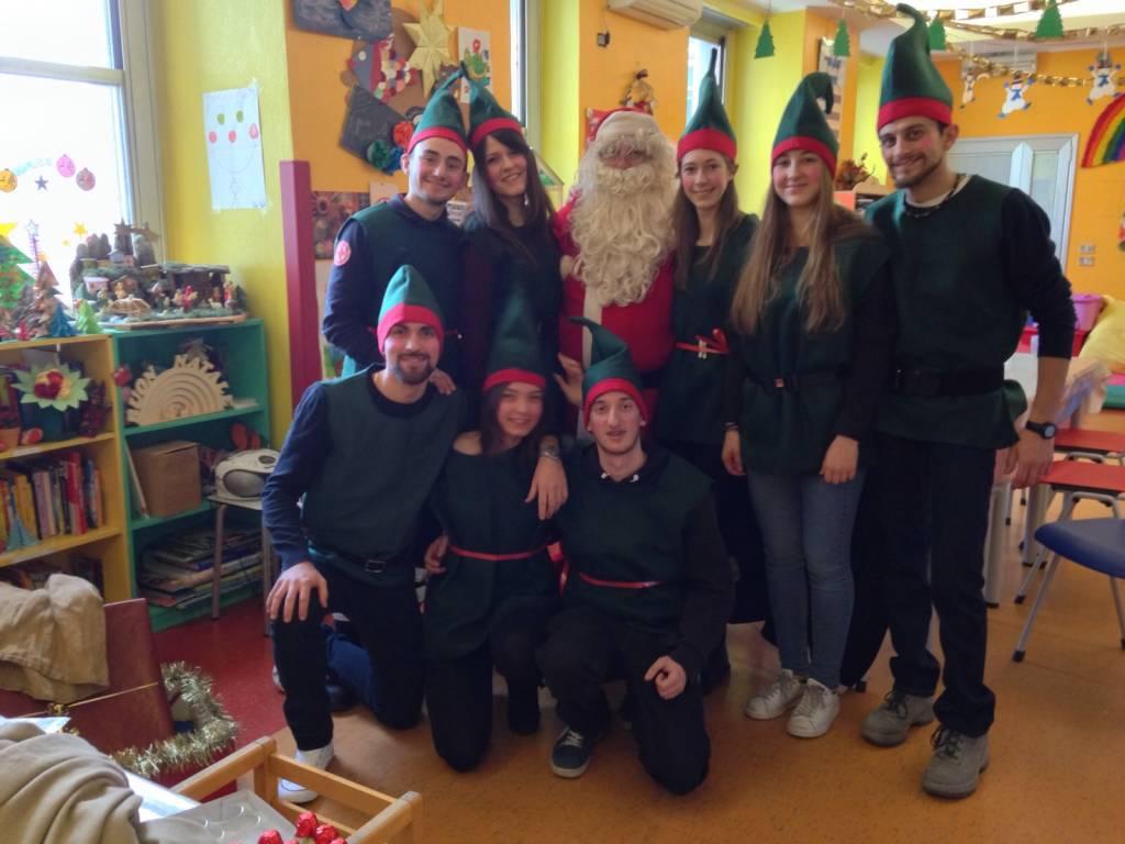 Babbo Natale ed Elfi in pediatria...