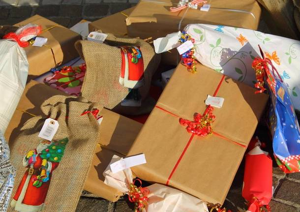 festa di Natale piazza Arnate