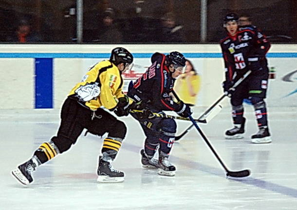 hockey ghiaccio varese mastini milano rossoblu