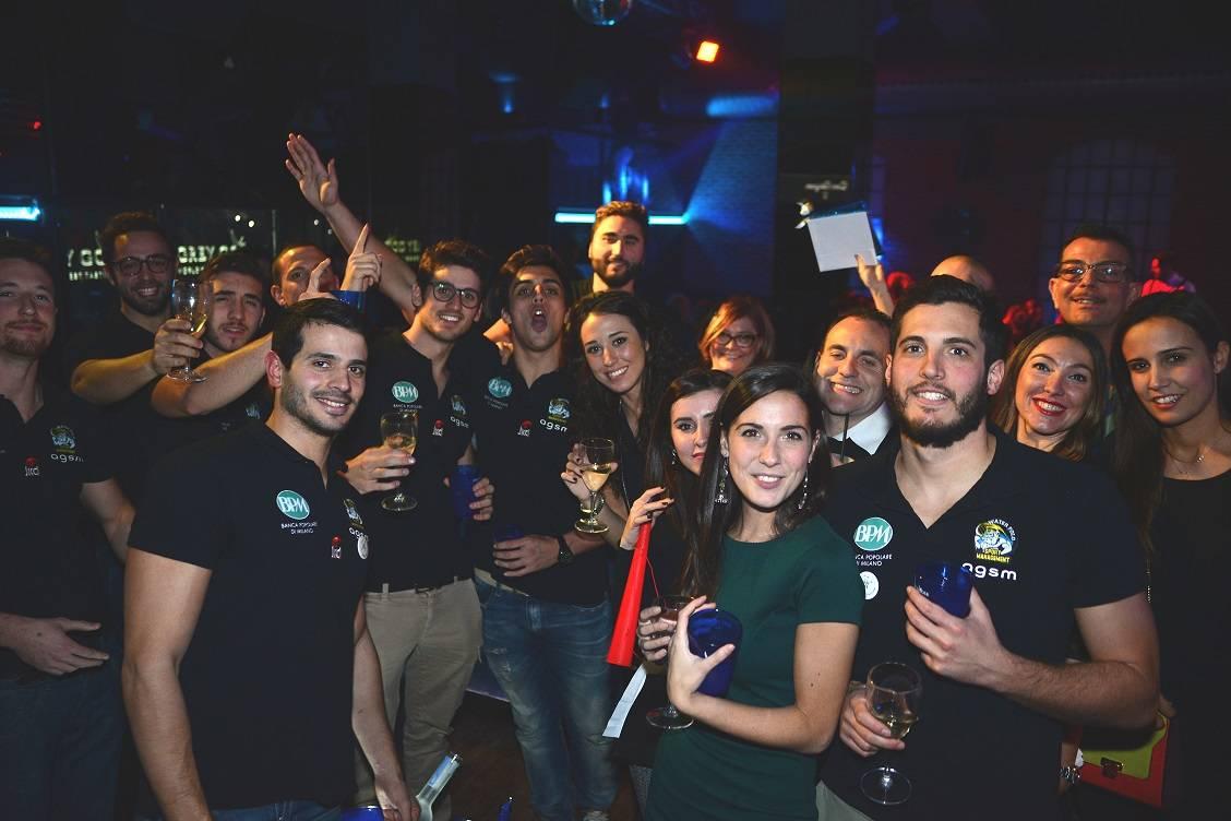 """I """"mastini"""" di Busto in discoteca (per beneficenza)"""