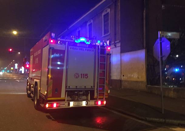 Incendio in via Pegoraro a Gallarate
