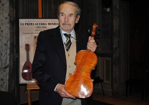"""Carlo Alberto Carutti con """"Il violino della Shoah"""""""