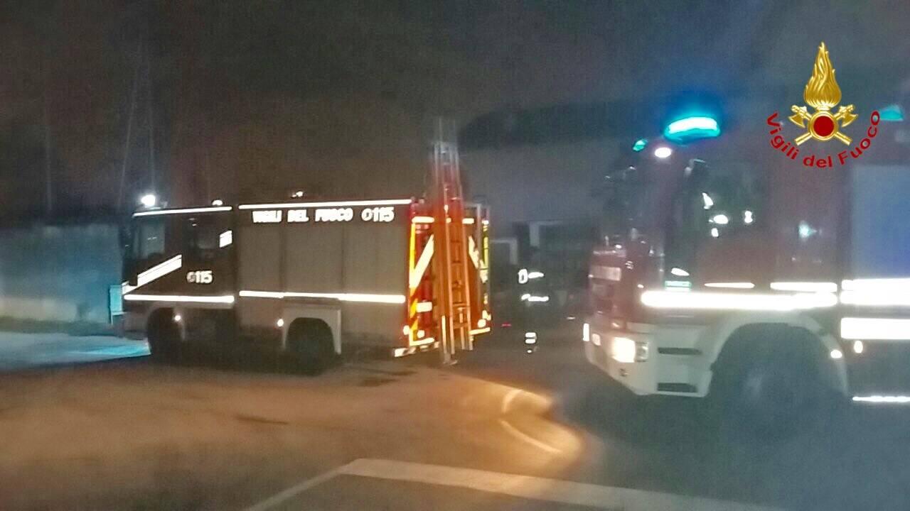 Foto dell'incendio tetto a Cassano Magnago 5 gennaio 2016