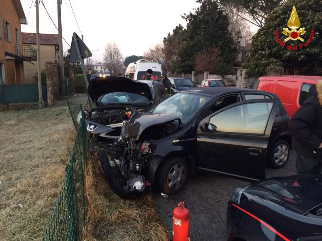 incidente stradale sangiano 27 gennaio