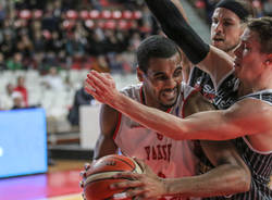 Openjobmetis Varese - Magnofit Guessing 85-81 Fiba Europe Cup