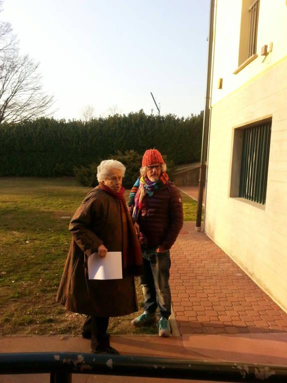 Paolo Migone visita il Villaggio Sos di Morosolo