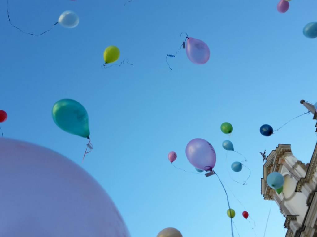 Sant'Antonio, il lancio dei palloncini