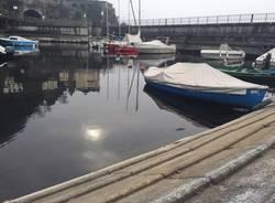Barche addormentate sulle sponde del Verbano