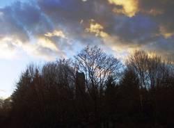 Gioco  di nuvole sopra la Torre di Velate....