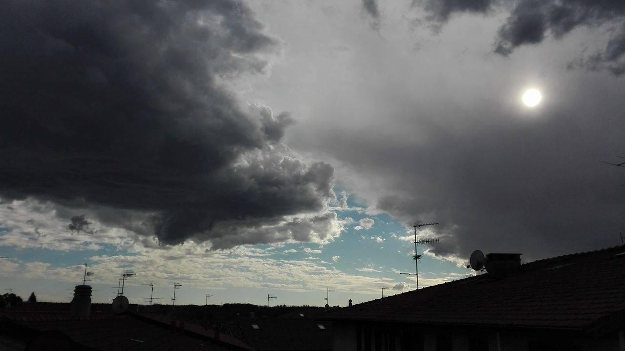 Il cielo sopra bizzozzero
