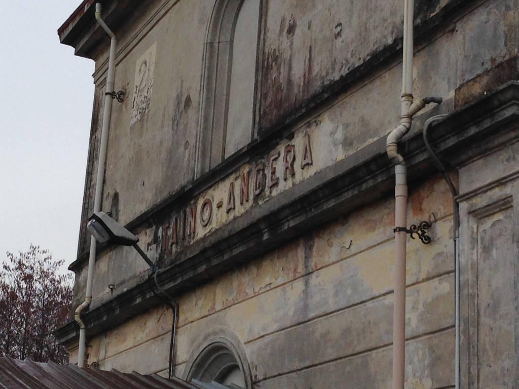 La vecchia stazione Taino-Angera