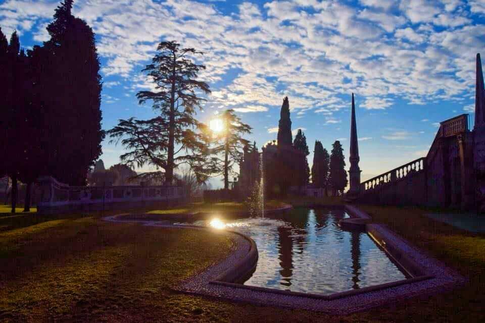 Natura e riflessi d'incanto a Villa Tatti Tallacchini