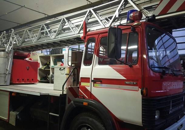 Nuova Autoscala Vigili del Fuoco Volontari Laveno Mombello