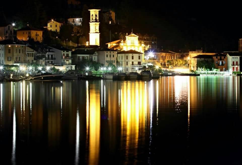 Porto Ceresio di notte