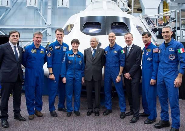 """Gli astronauti italiani """"guidano"""" il Presidente Mattarella"""