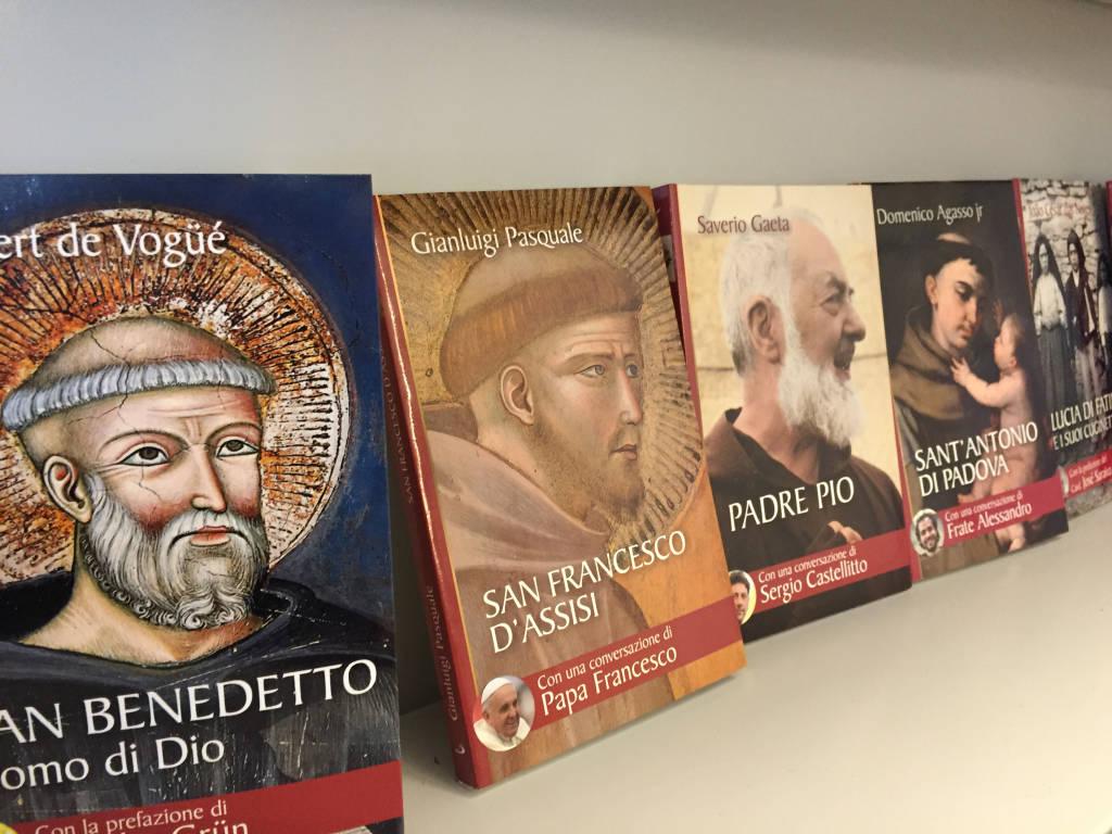 Una nuova libreria religiosa a Varese